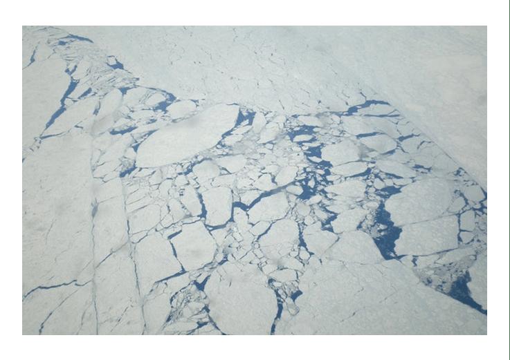 Noordpoolijs dat een recordlage omvang bereikte in juli