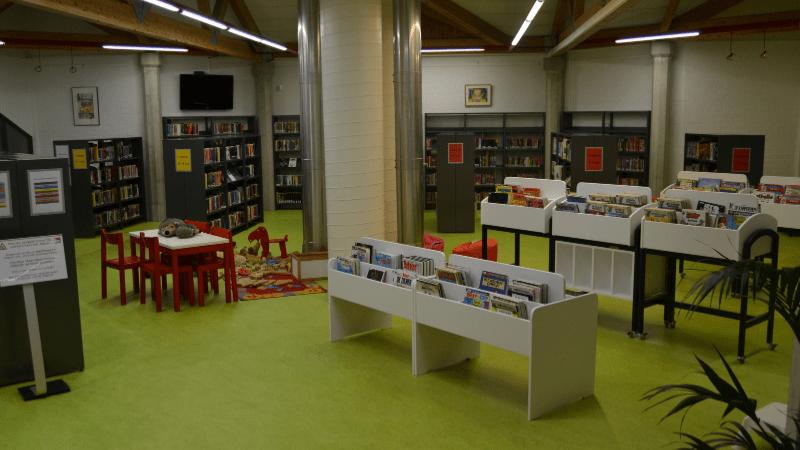 Bibliotheek binnenzicht